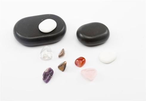 Set de 64 piedras de basalto para masajes